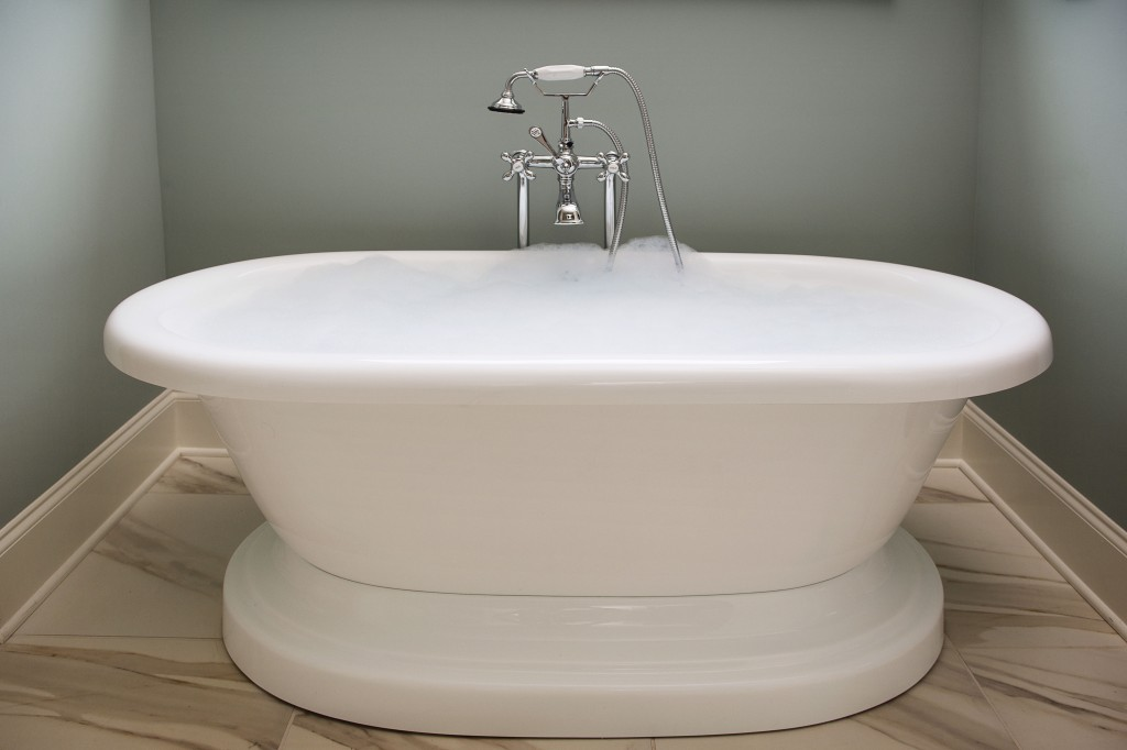Edward andrews homes atlanta home builders custom for Free standing soaking tub