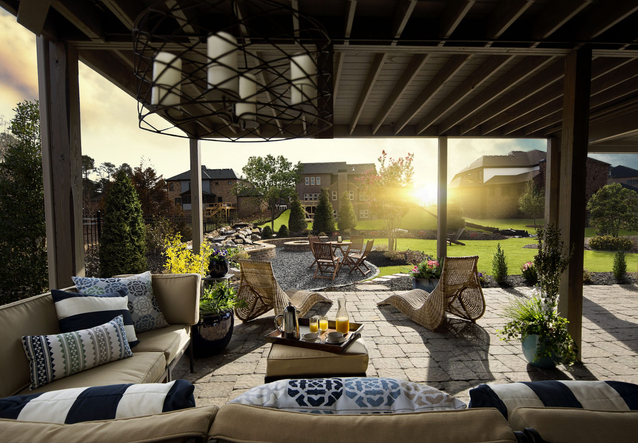 Outdoor design trends that will rule 2014 edward andrews homes - The hottest trends in patio decor ...
